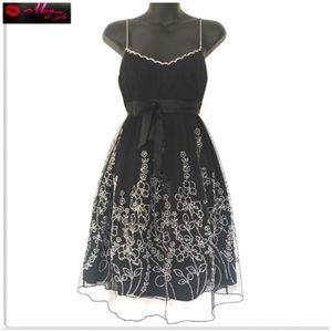 Dresses & Skirts - Vintage Evening Beaded Dress Tulle-Overlay